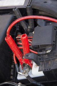connexion câbles de batterie de secours