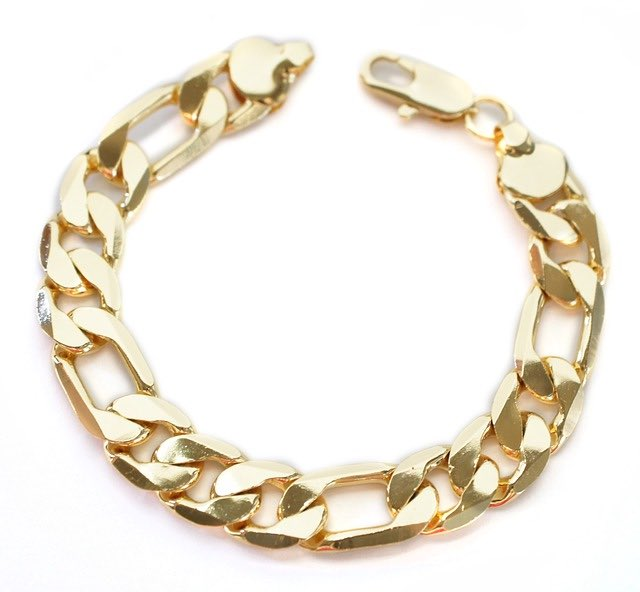 Les bracelets, un bijou indémodable chez les hommes