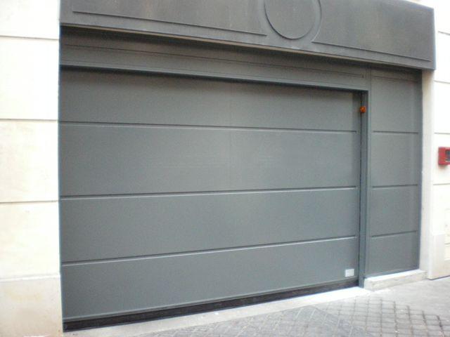 Découvrez les différents types de portes de garage