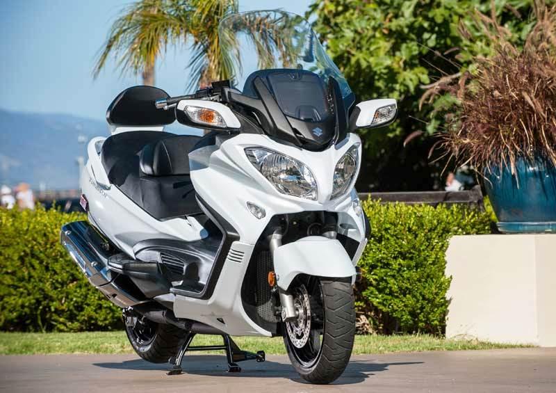 Voyagez en toute rapidité et sécurité avec le taxi moto