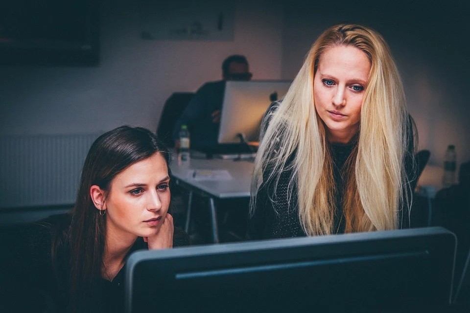 Pourquoi faire un CV en ligne ? Les principaux avantages