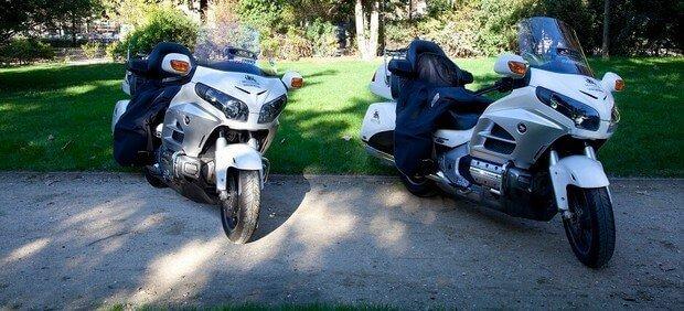 Comment se rendre à Orly en taxi moto ?