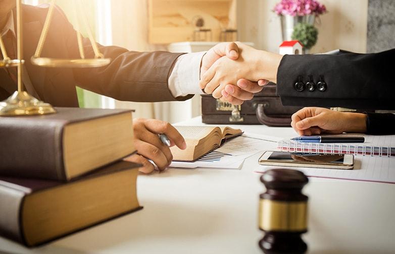 Posséder un avocat pour votre entreprise